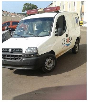 Uma das ambulâncias da Prefeitura alugada à própria gestão municipal