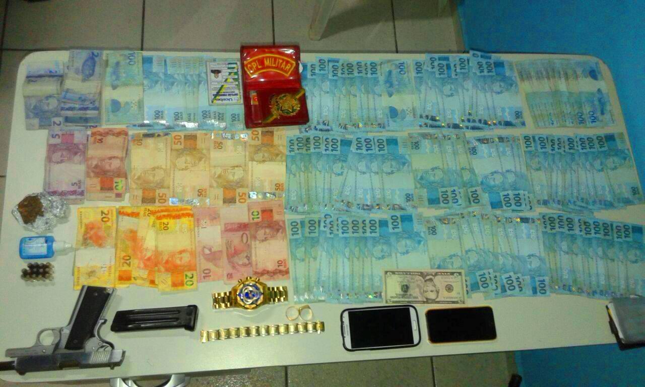 Alta quantia em dinheiro apreendida pela polícia