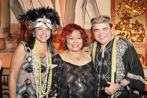 Governadora Roseana Sarney e Pergentino Holanda com a cantora Alcione, principal atração do Baile de Gala do ano passado.