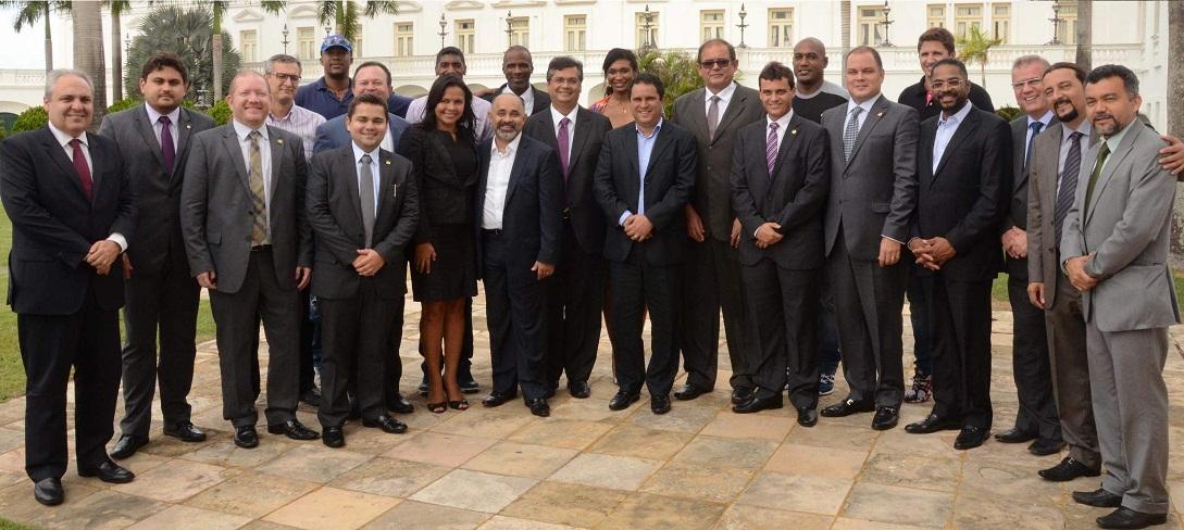 Foto 2 - Governador recebe comitiva de ministro - CREDITO F.Campos