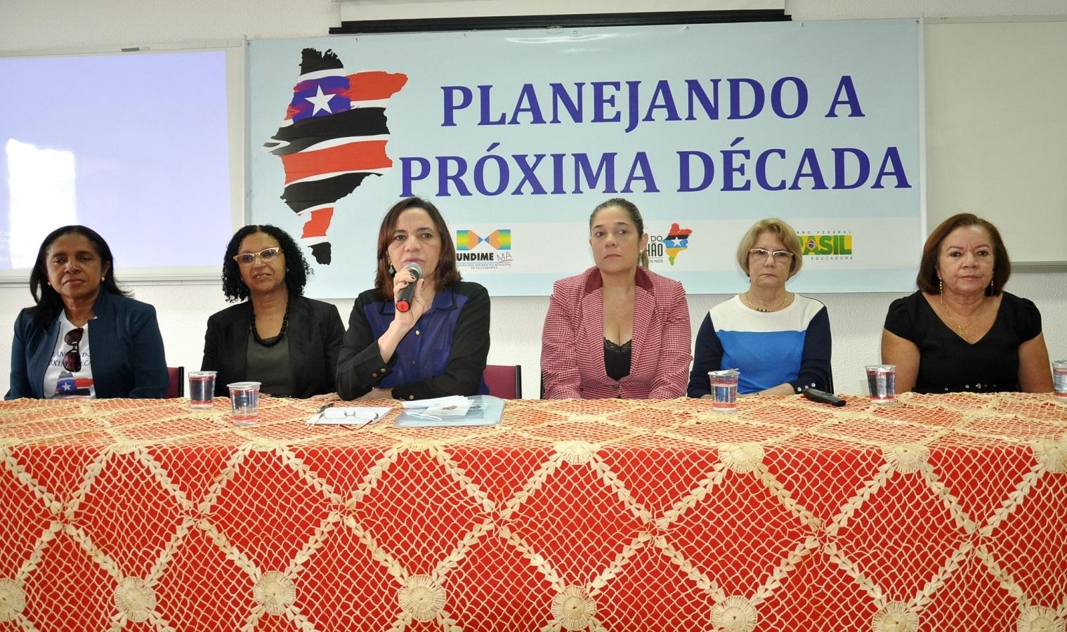 Secretária Áurea Prazeres destacou empenho do governador Flávio Dino para que municípios concluam seus planos de educação