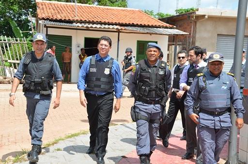 Secretário-de-Segurança-e-a-Polícia-Civil-e-Militar-deflagram-operação-permanente-no-Polo-do-Coroadinho-1024x678