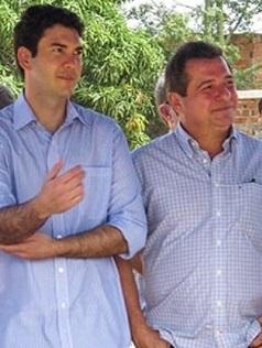 Deputado-Eduardo-Braide-ao-lado-do-prefeito-Helder-Aragão-em-Anajatuba (1)