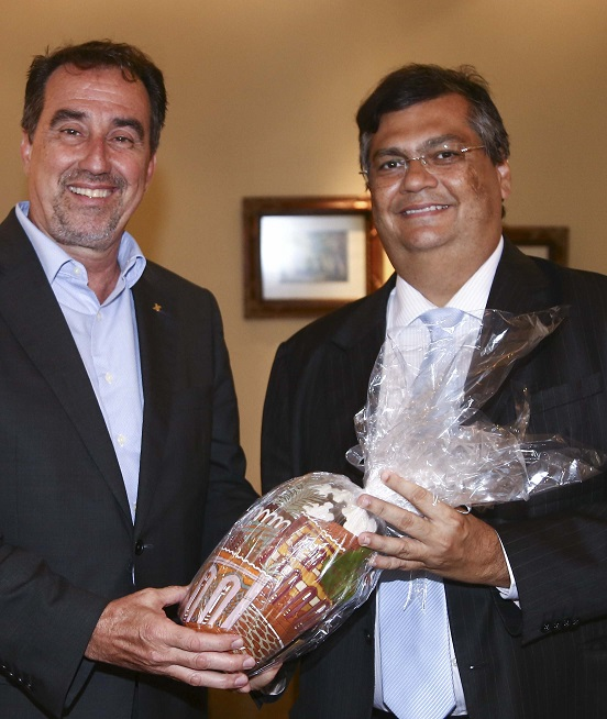 governador-recebe-o-presidente-da-cef-gilberto-occhi-foto-gilson-teixeira_8