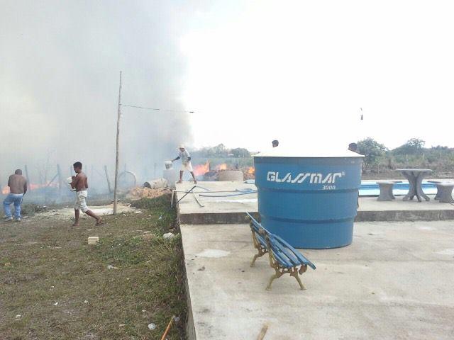 populacao-toca-fogo-em-propriedade-de-prefeito