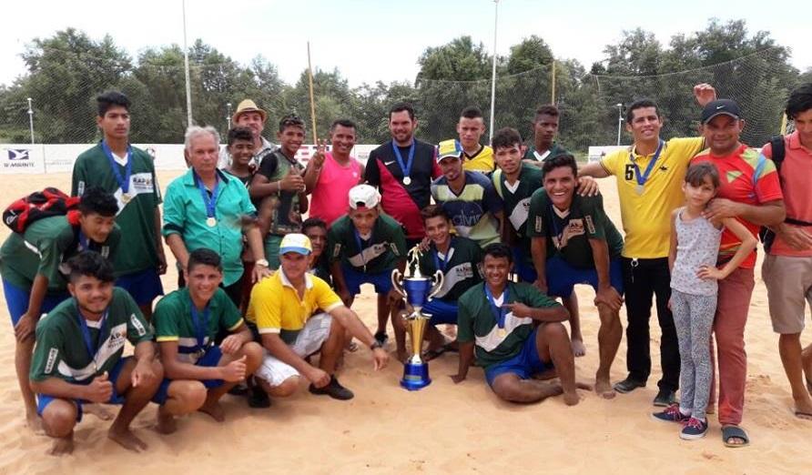 Título representa renovação de qualidade dos atletas de futebol de areia em Raposa...