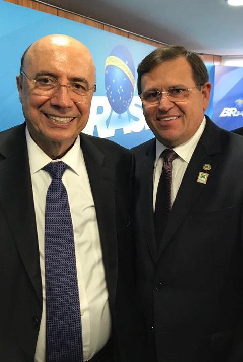 Deputado Estadual Stenio Rezende (DEM), cumprindo agenda na capital federal, participou nesta quarta-feira,12, junto ao Presidente da República, Michel Temer, do Ministro da Fazenda, Henrique Meireles,