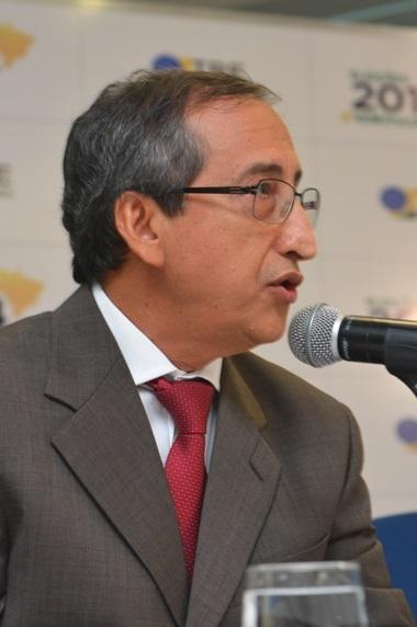Em sessão realizada na manhã desta quinta, 20 de julho, o desembargador Raimundo Barros, presidente do Tribunal Regional Eleitoral do Maranhão,