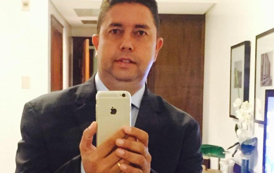"""""""R L de Farias – RL Empreendimentos"""", cujo sócio responsável é Roberto Lima de Farias"""