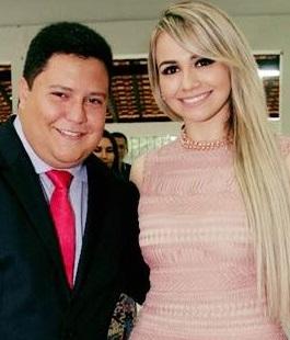 Prefeito Mauricio Fernandes e a empresária Rosi Lopes, na época que ainda eram marido e mulher...