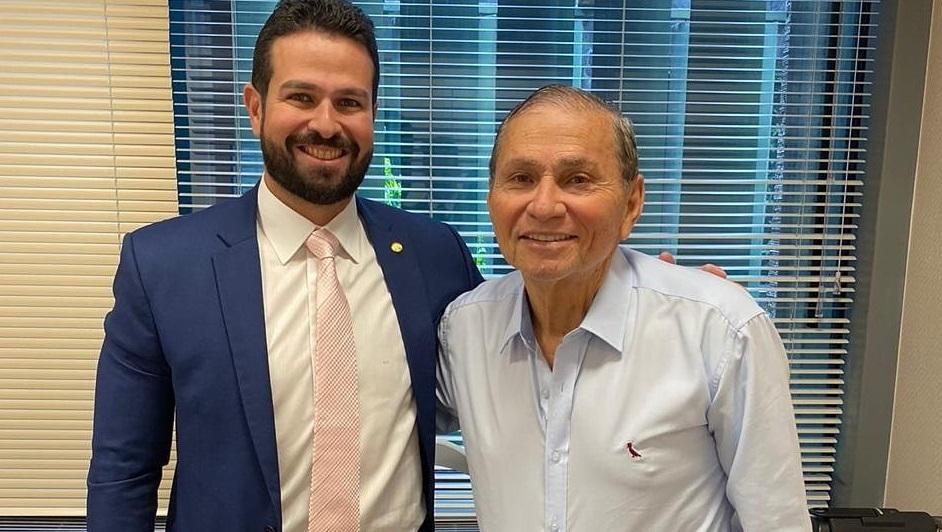 Chico Carvalho já foi comunicado pelo Presidente Nacional do PSL, Luciano Bivar que Gil Cutrim irá presidir o partido...