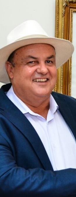 Alexandre Lavepel, prefeito do município de Conceição do Lago-Açu, se recupera em casa.