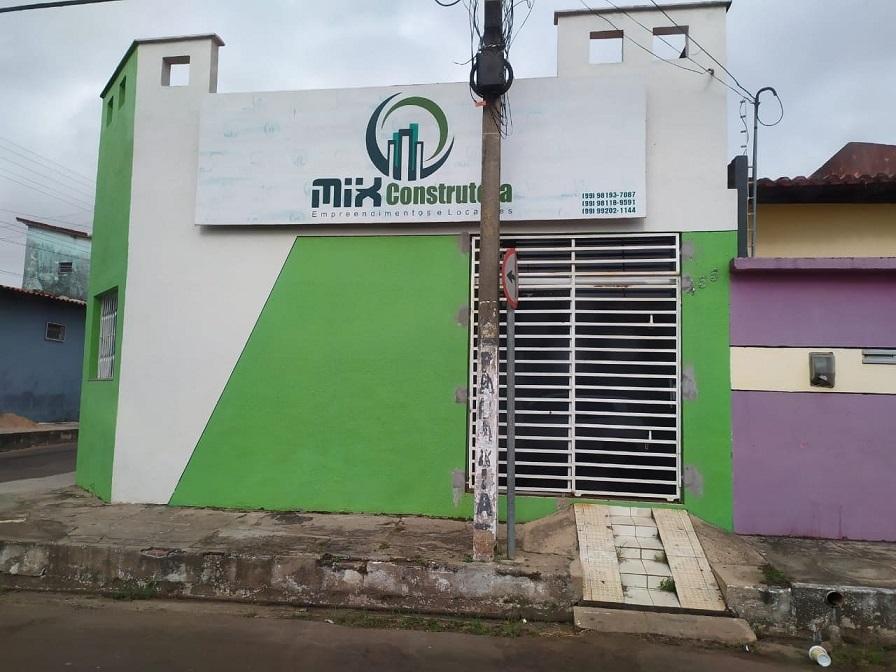 na Receita Federal a empresa está registrada na Rua Rui Barbosa 455, Centro, na cidade de Bacabal-MA, em nome de Fernando Silva Araújo, o Fernandinho