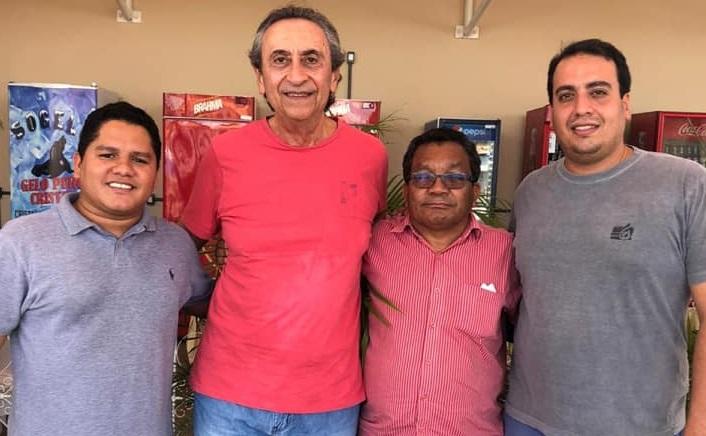 Dr. Rafael tem apoio do ex-deputado Ricardo Murad, do seu tio prefeito Padre Josias e do ex-vice prefeito Jorginho...
