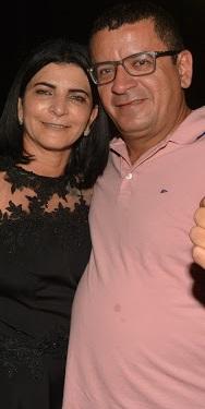 Prefeita Dulcinha e o marido Adailson Machado, quem verdadeiramente, manda e desmanda na prefeitura...