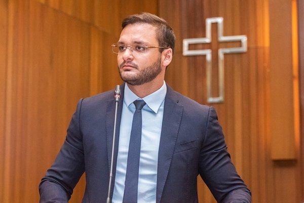 Iniciativa do deputado Felipe dos Pneus (PRTB) agrada a população da cidade..