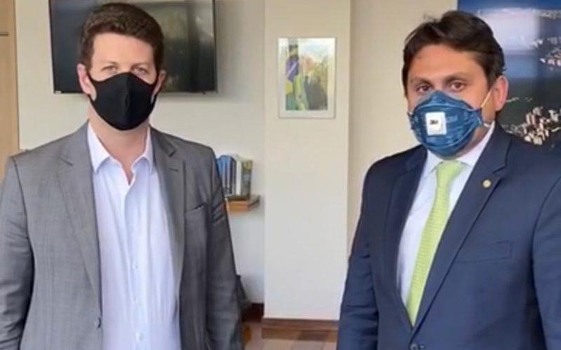 Ricardo Salles com o deputado federal Juscelino Filho...
