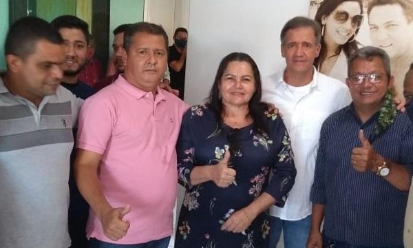 Aluísio Mendes, Júnior do Nenzim e aliados durante um encontro na cidade de Tuntum, no último dia 29 de agosto…