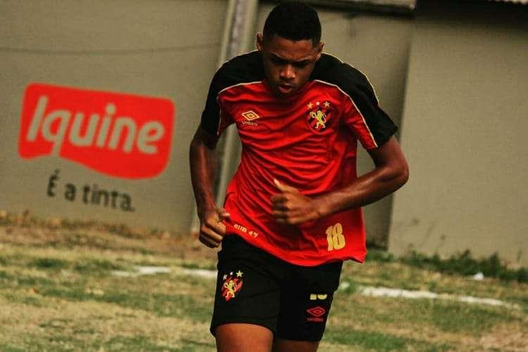 O atleta do Sport Club do Recife se apresenta no dia 2 de novembro em Itu, no interior de São Paulo, para iniciar treinamentos.