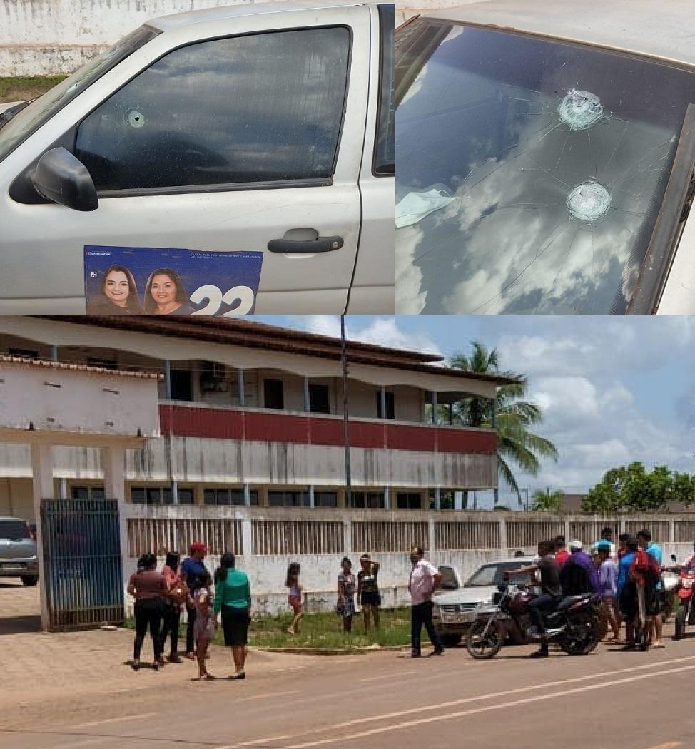 Marcas dos tiros ficaram no veículo do secretário, na frente da prefeitura...