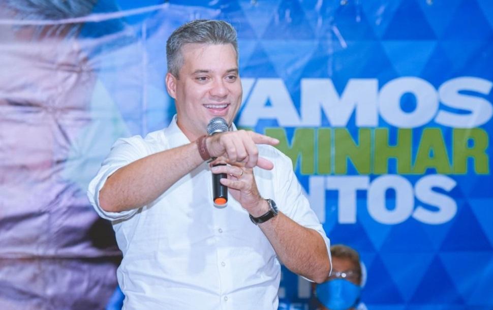 Neto Evangelista, até agora, não se pronunciou a respeito do calote a prestadora de serviço de sua campanha a prefeito de São Luís...
