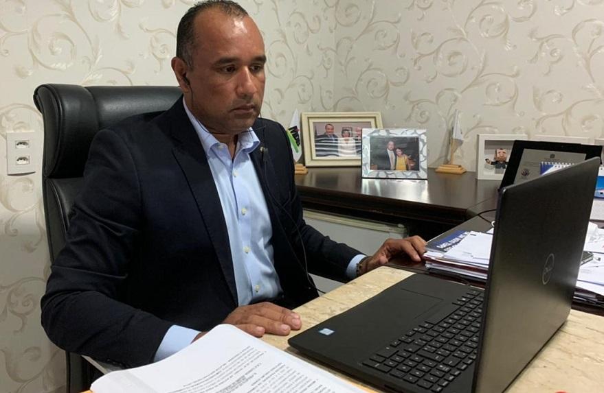 Roberto Costa dá parecer favorável para aprovação empréstimo de 180 milhões do Governo de Flávio Dino