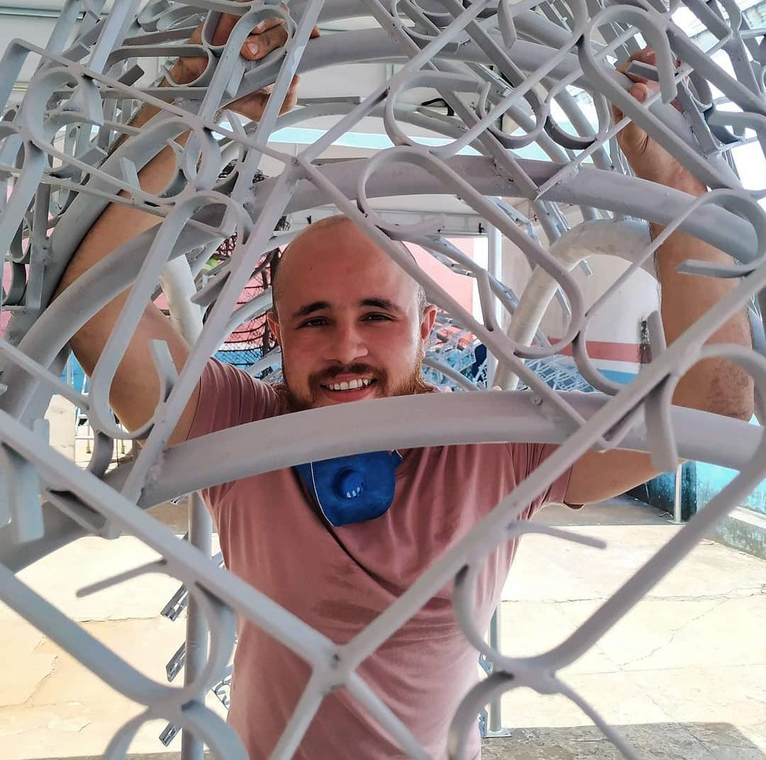 """A escultura instagramavel """"O despertar da Serpente"""" é assinada pelo artista Italo Fonseca."""
